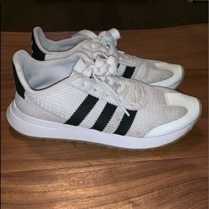 Adidas flashback sneakers